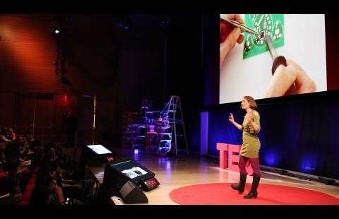 Leah Buechley: Comment dessiner à l'aide de circuits électroniques